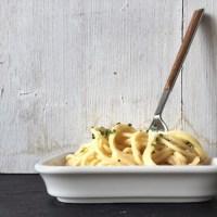 Spaghetti mit Käse-Sahne-Sauce