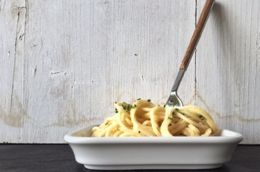 Pastamaniac: Spaghetti mit Kaese-Sahne-Sauce