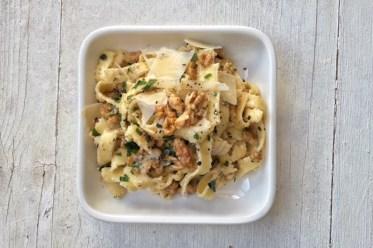 Pastamaniac: Tagliatelle mit Walnuessen, vegetarisch