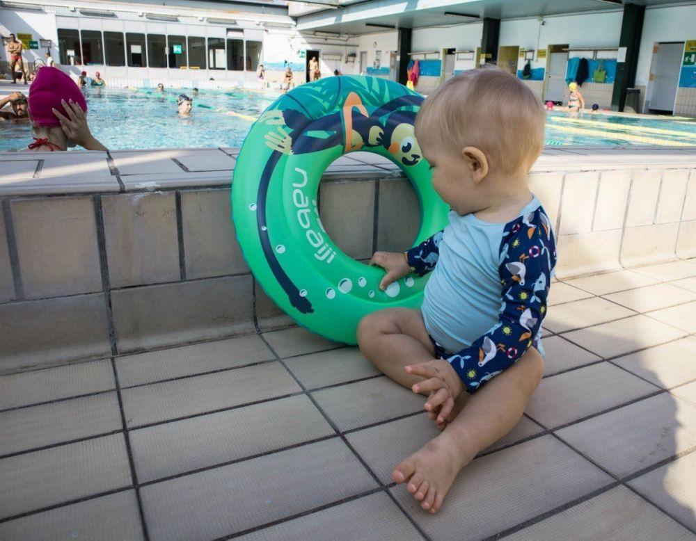 Britalian baby in piscina a Torino con il set nuoto Bambino Mio