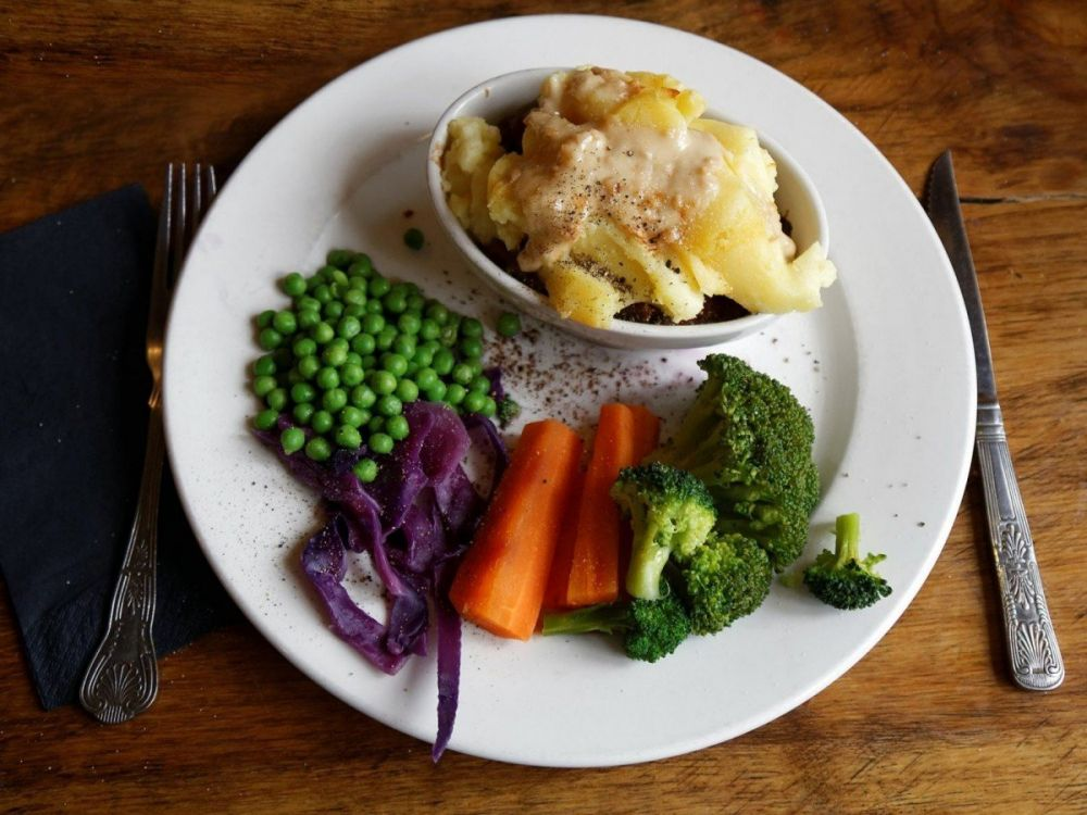 Dove e cosa mangiare nel Regno Unito per non rimanere ...