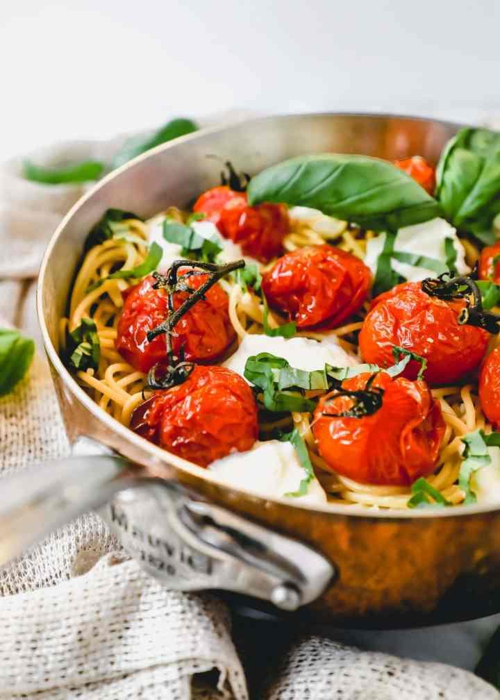 tomato and burrata spaghetti
