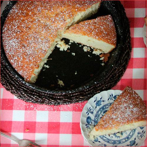 pastel tradicioal de azucar