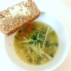 Vegetable Broth with Rye Wheaten Bread