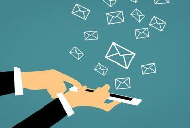 jelaskan pengertian email