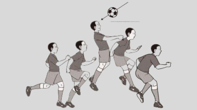 Teknik Menyundul Bola dengan Lompatan