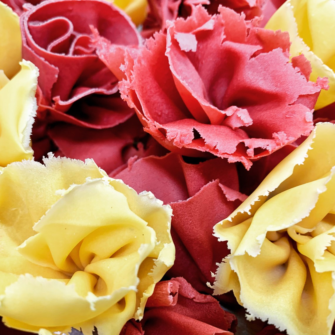 Roses_Glass