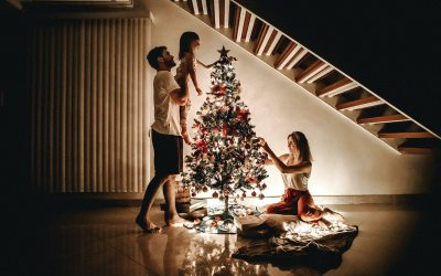 How to Prioritize Your Family During Advent