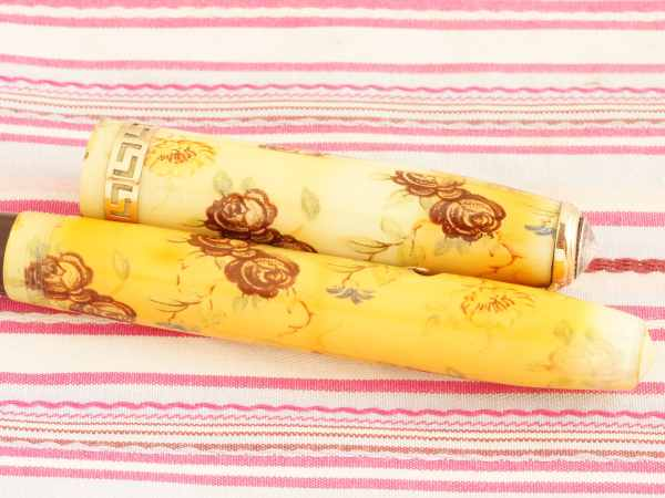 vintage conway stewart 22 floral blossoms ivory cream marble grecian gold capband fountain pen rare