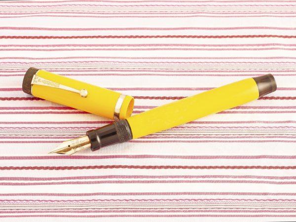 vintage parker duofold senior lucky curve mandarin yellow fountain pen