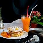 {Breakfast Oat Waffles} – Waffles cu fulgi de ovaz