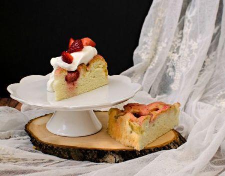 rhubarb olive oil cake