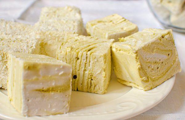 matcha swirl marshmallows