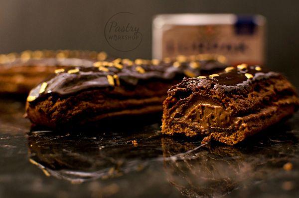 eclere cu ciocolata