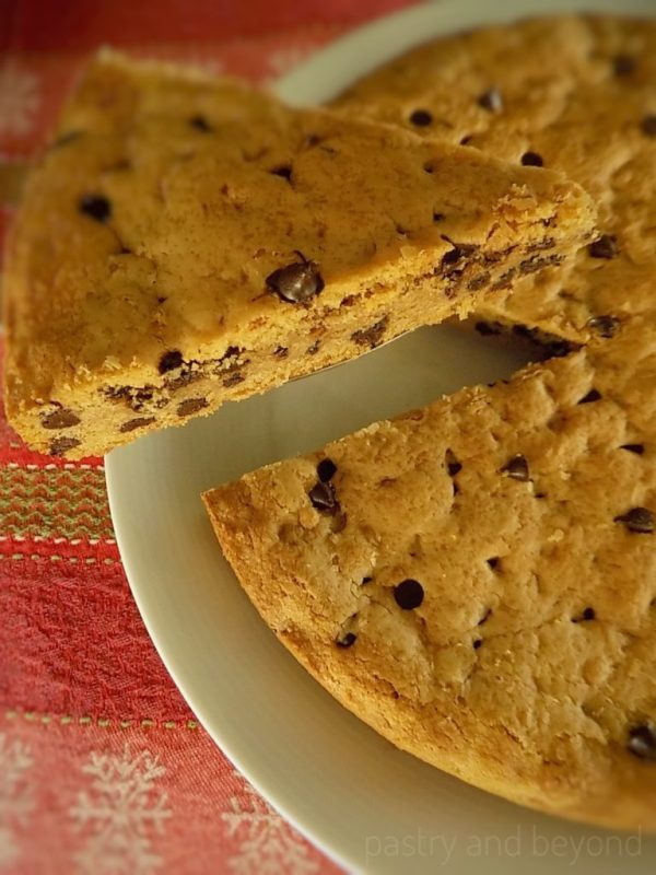 Chewy Chocolate Chip Cookie Cake