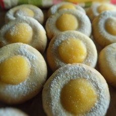 Ginger Thumbprint Cookies with Lemon Curd