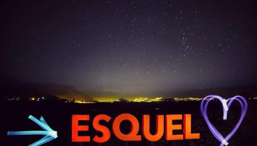 Nuevo cartel de ingreso a Esquel