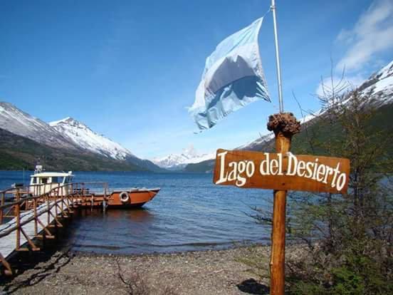 Navegar Lago del Desierto e Santa Cruz