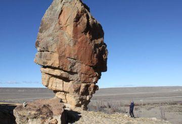 Piedra gigante en los alrededores de Tres Lagos