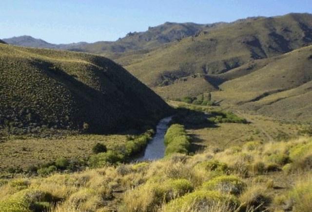 Arroyo Las Minas, serpenteando por el paisaje.