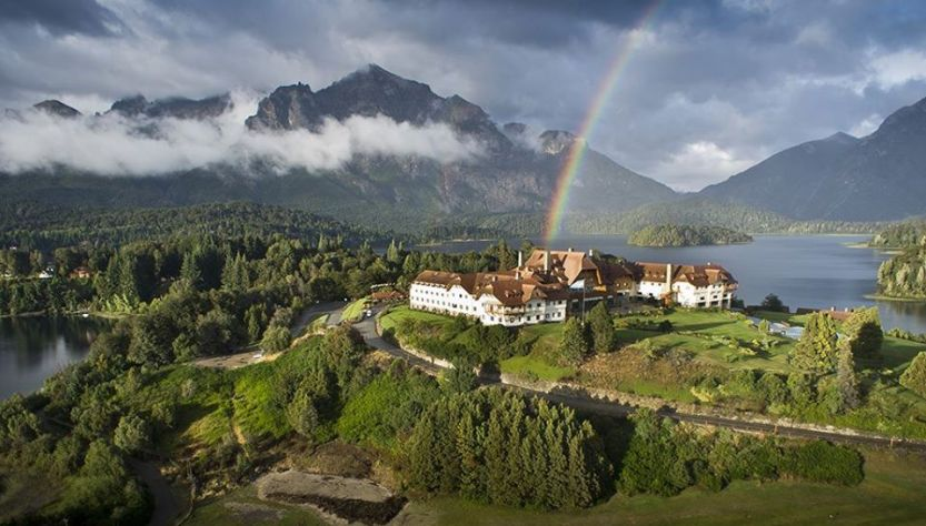 Hotel Llao Llao visto desde arriba en Bariloche
