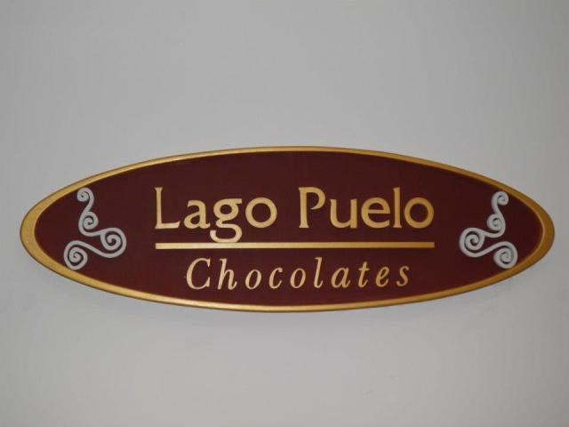 Cartel de Chocolatería en Lago Puelo