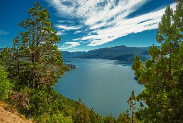 Lago Lácar uno de los 12 mejores lagos de la Patagonia