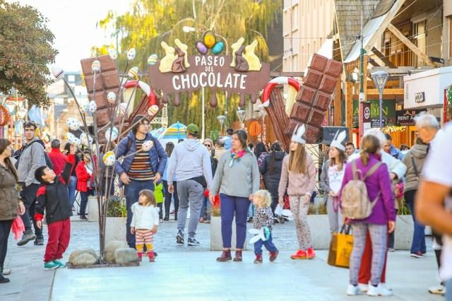 Paseo del Chocolate en Bariloche Patagonia Andina. Coronavirus.