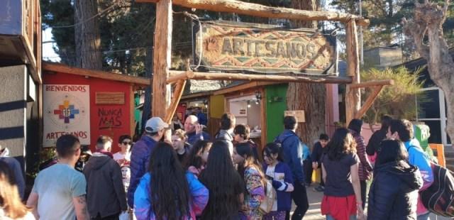 Paseo de artesanos en El Calafate