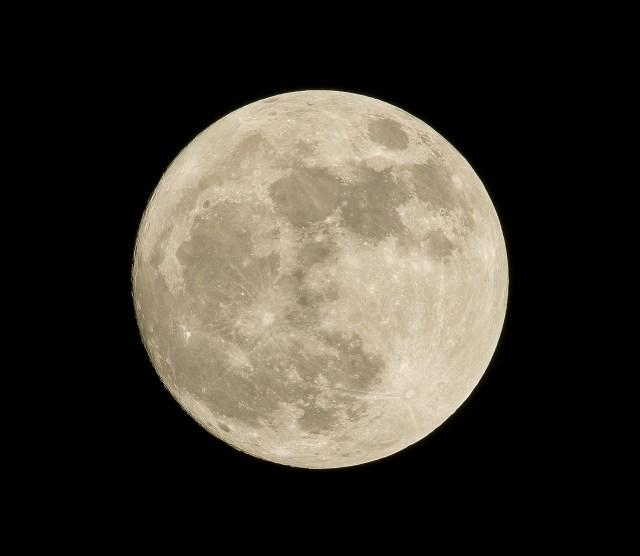 Evento astronómico único en el cielo patagónico. La luna.