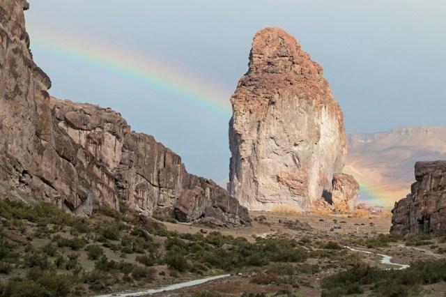 Piedra Parada, en Chubut arcoíris.