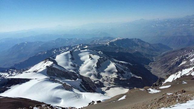 Domuyo, cumbre. Día de las montañas, patagonia.