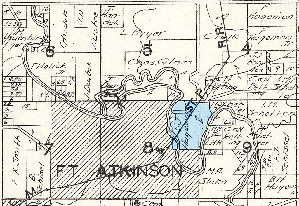 1930 Plat Map, Washington Township, Winneshiek County, Iowa, sections 4-9. Fred J. Hageman farm is highlighted in blue.