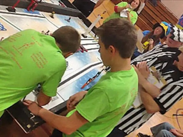 Portsmouth Middle School To Compete in Robotics State ...