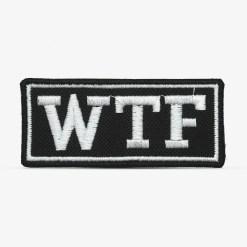 """Patch Bordado """"WTF"""" """"Mas que p*%ra"""" em português, com termocolante 8,5x3,7cm da PATCH GANG"""