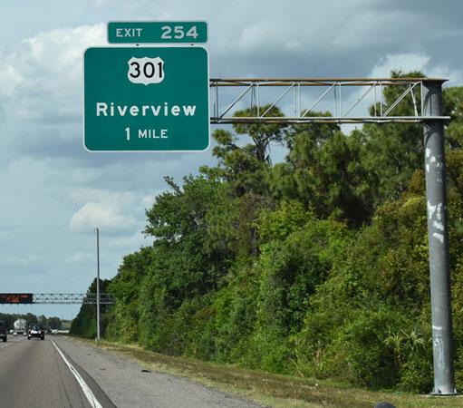 Riverview, FL exit sign