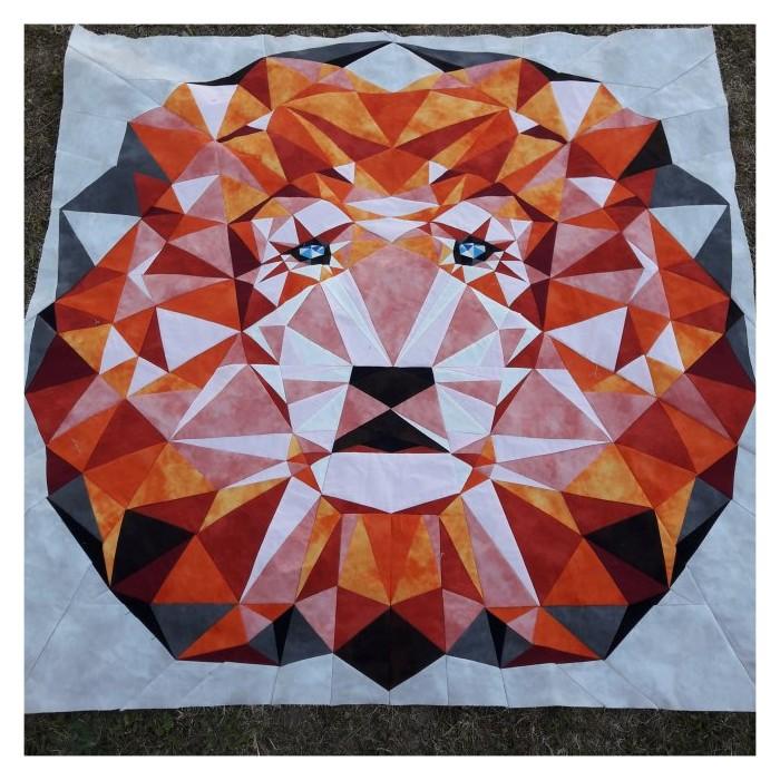 Le Lion VioletCraft réalisé par Ateliercocopatch