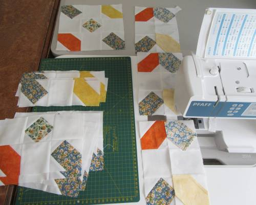 Dashes, dots and crosses chain piecing blocks by Allison Reid
