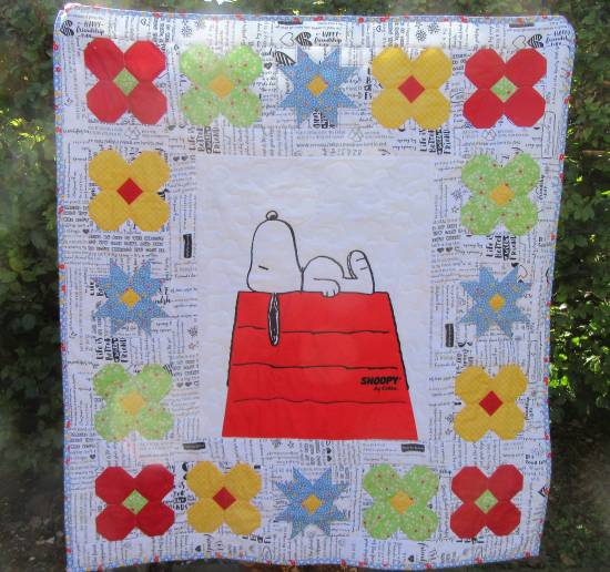 Snoopy Baby Quilt finished front by Allison Reid