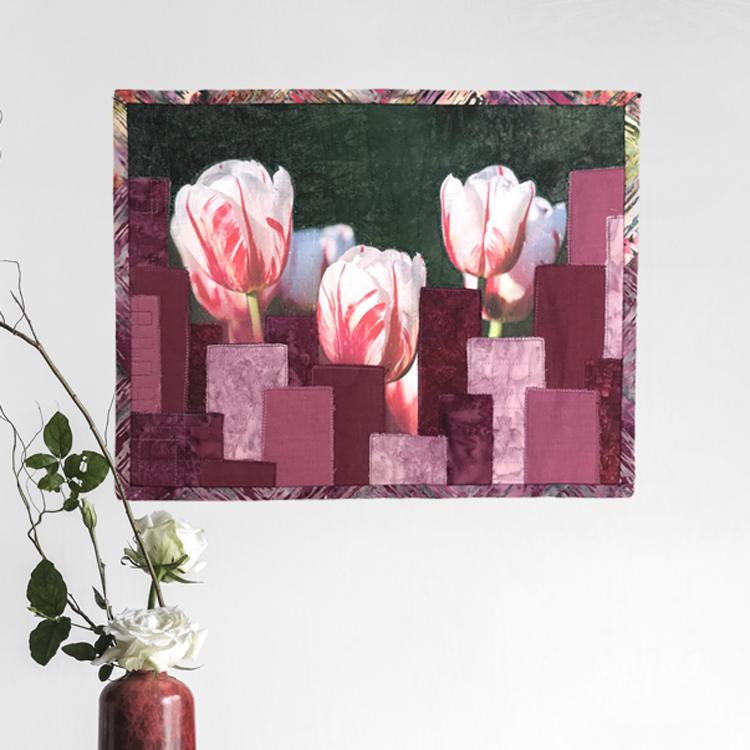 urban garden art quilt con tulipanes France Buyle 2019