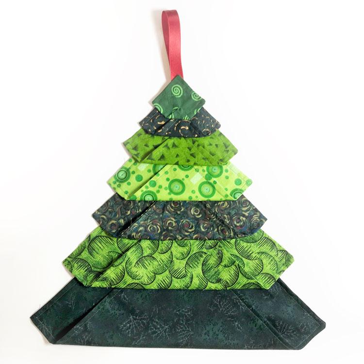 árbol de navidad de tela facil y rapido de hacer