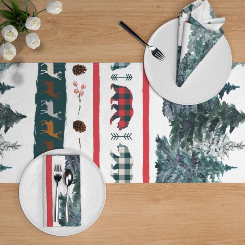 chemin de table Noël dans la Forêt Fibra Creativa