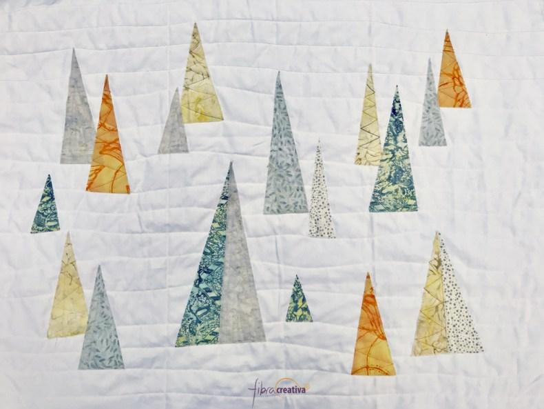coussin forêt de sapins patchwork de Noël moderne gris orange