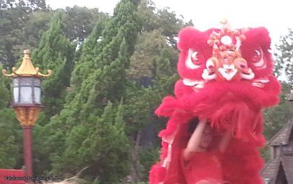Dragon Dance at EPCOT (3)