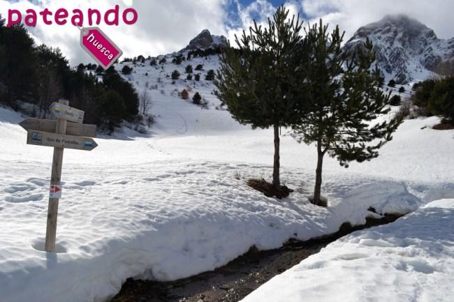 Ibón de Piedrafita en invierno