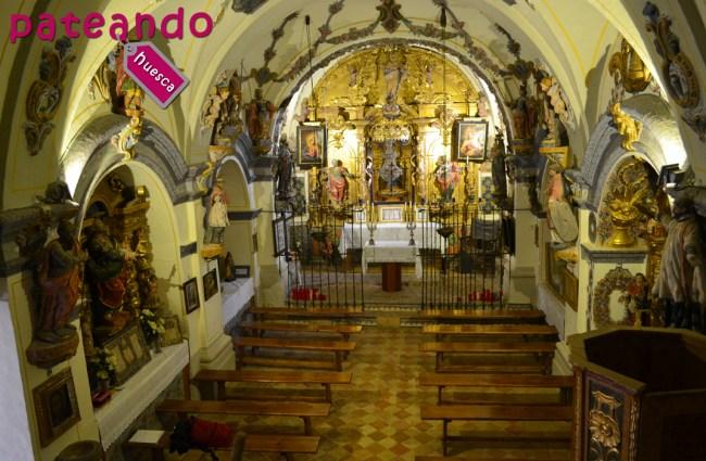 Interior de la ermita Virgen de la Peña