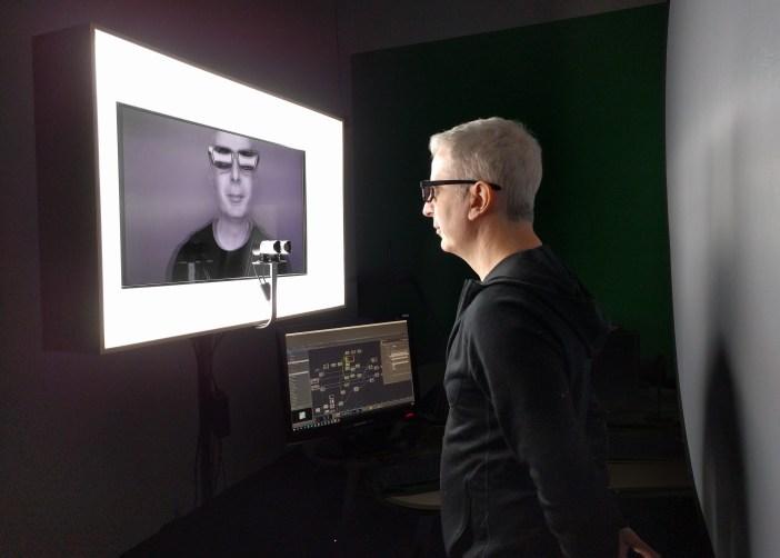 Un interacteur fait l'expérience du miroir temporel.