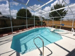 The heated and fenced in private family pool with jacuzzi was the star of the vacation.