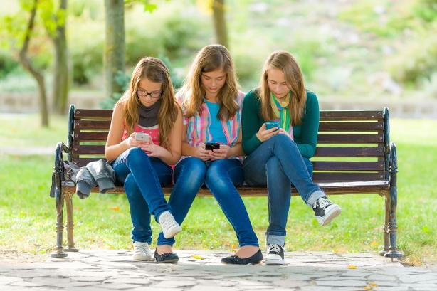 Los jóvenes son los que a menudo presentan adicciones a las nuevas tecnologías