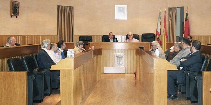 Instate de la reunión mantenida para preparar la elaboración de una nueva carta de participación ciudadana